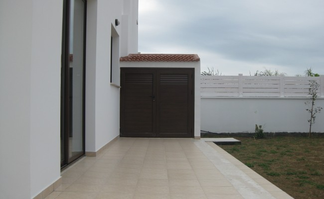outside_property_larnaca9